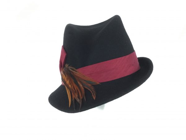 Twisted trilby