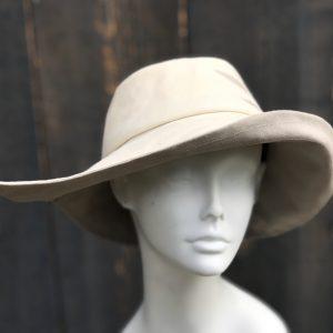 White rain hat sun hat