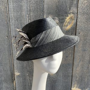 Black straw ladies sun hat